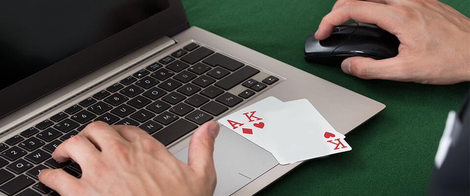Parhaimmat korttipelit
